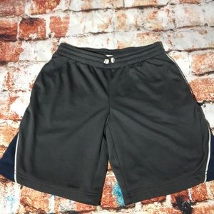 Like New-Boys Basketball Shorts